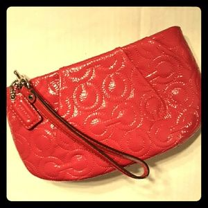 NWOT COACH Gramercy Embossed Large Patent Wristlet